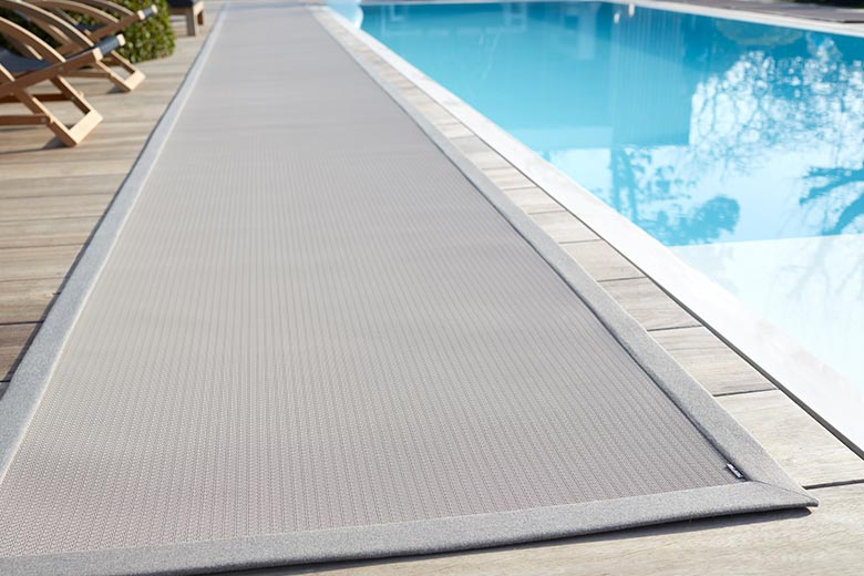 Buiten tapijt u koersen zonwering