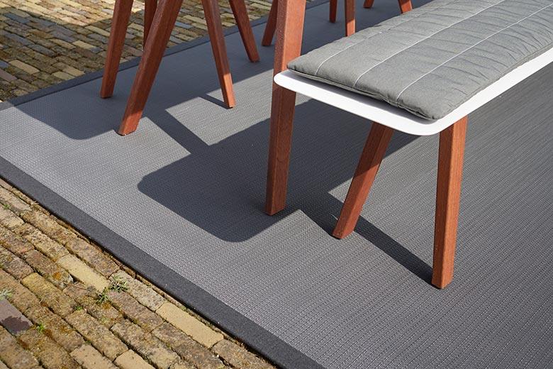 slider-buiten-tapijt-04